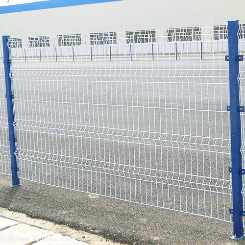 3D Curved Wire Mesh Fence4